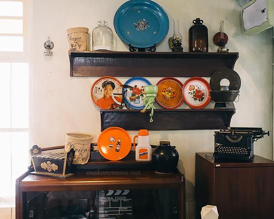 interior roemah indonesia kitchen Roemah Indonesian Kitchen