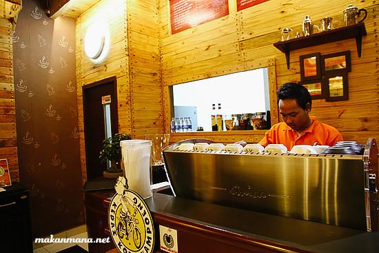 lokasi kedai kopi kampoeng