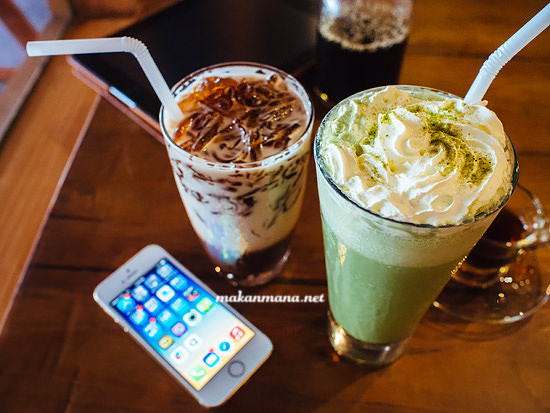 Matcha latte ice coffee jelly