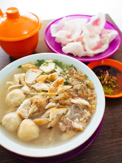 mie sop coco Mie Sop Coco, Jalan Kalimantan