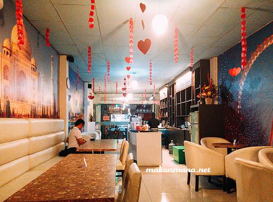 Interior de map cafe