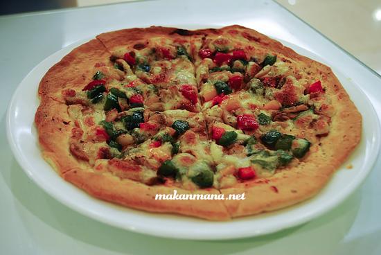 Mushroom Pizza 1st Green Resto Medan 1st Green Resto Vegetarian