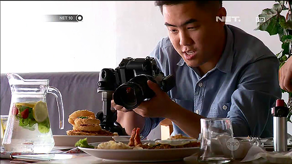 Savorsnap interview with Net TV on food photography business in Medan 1