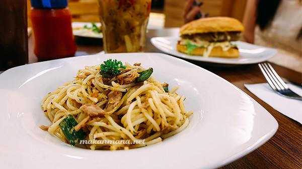 Spagetti-Spicy-Tuna-Societe-Kitchen