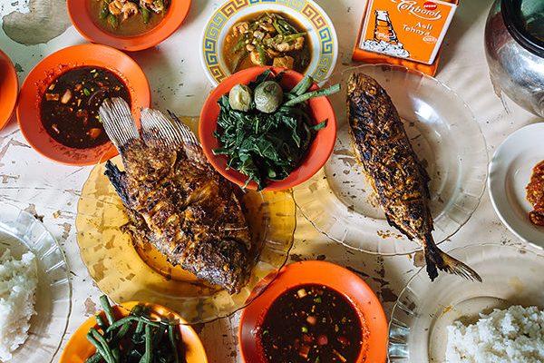 Warung Nasi Senggol, Jalan Mangkubumi 1