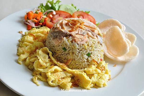 Salmon Fried Rice (45,7rb)
