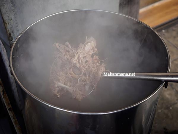 Bihun bebek Asie Kumango, the best duck noodle in town. 3