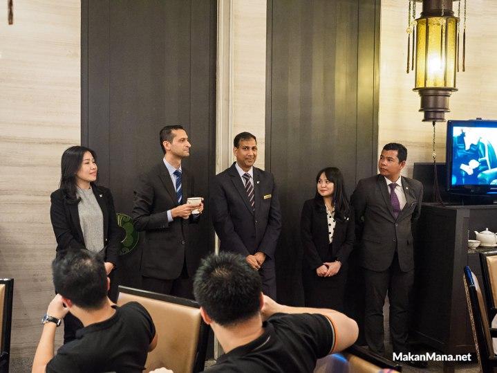 jw marriott staff