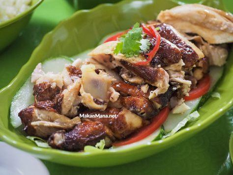 Nasi Ayam Hainan, menu kebanggaan dari Kedai Meneer Yongkie 2
