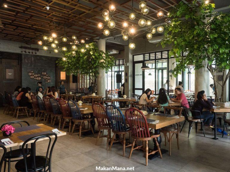 Interior cantik untuk makan cantik