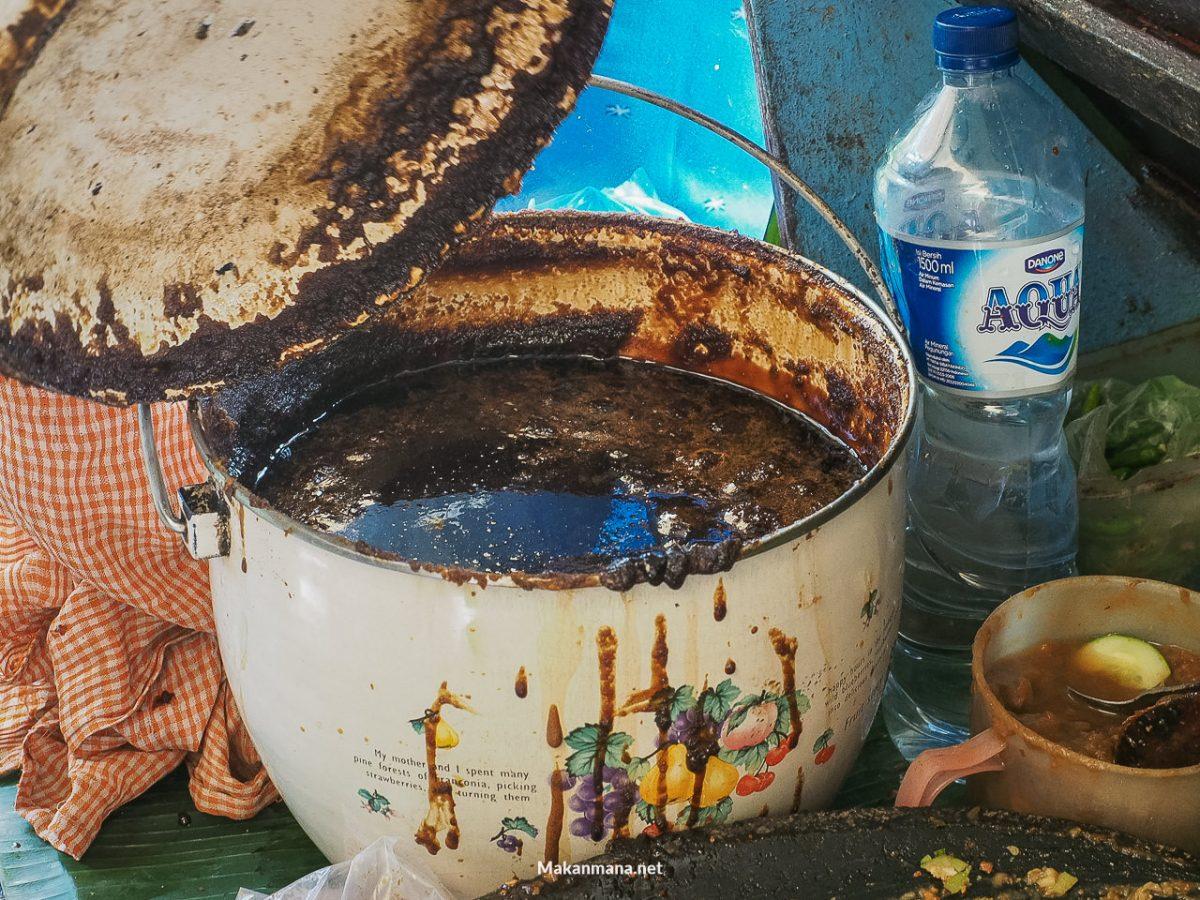 Gula Batak/aren yang sudah dimasak