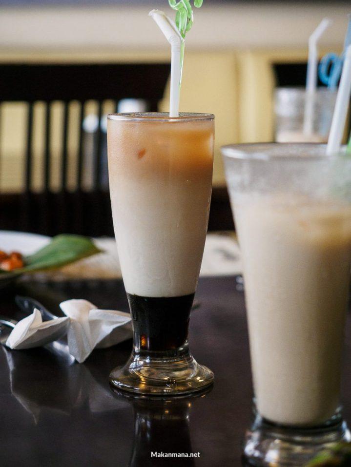 Iced gula merah milk tea (15rb)