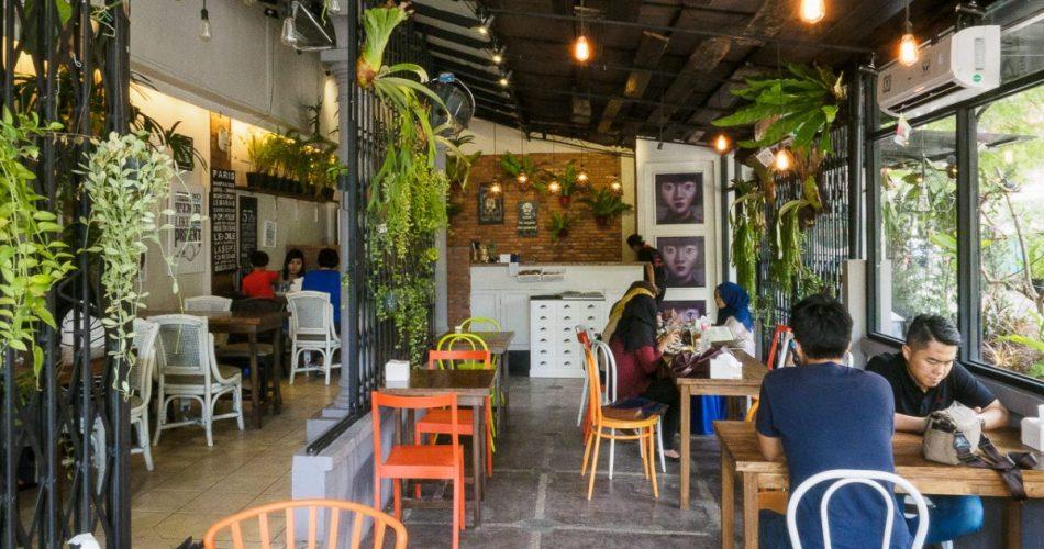 The Garden Cafe - Atmosphere vs Taste 1