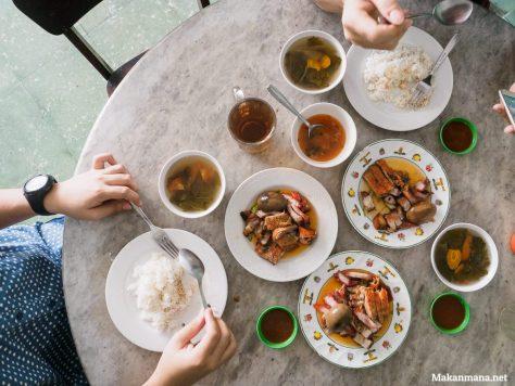 yee cheong char siew rice