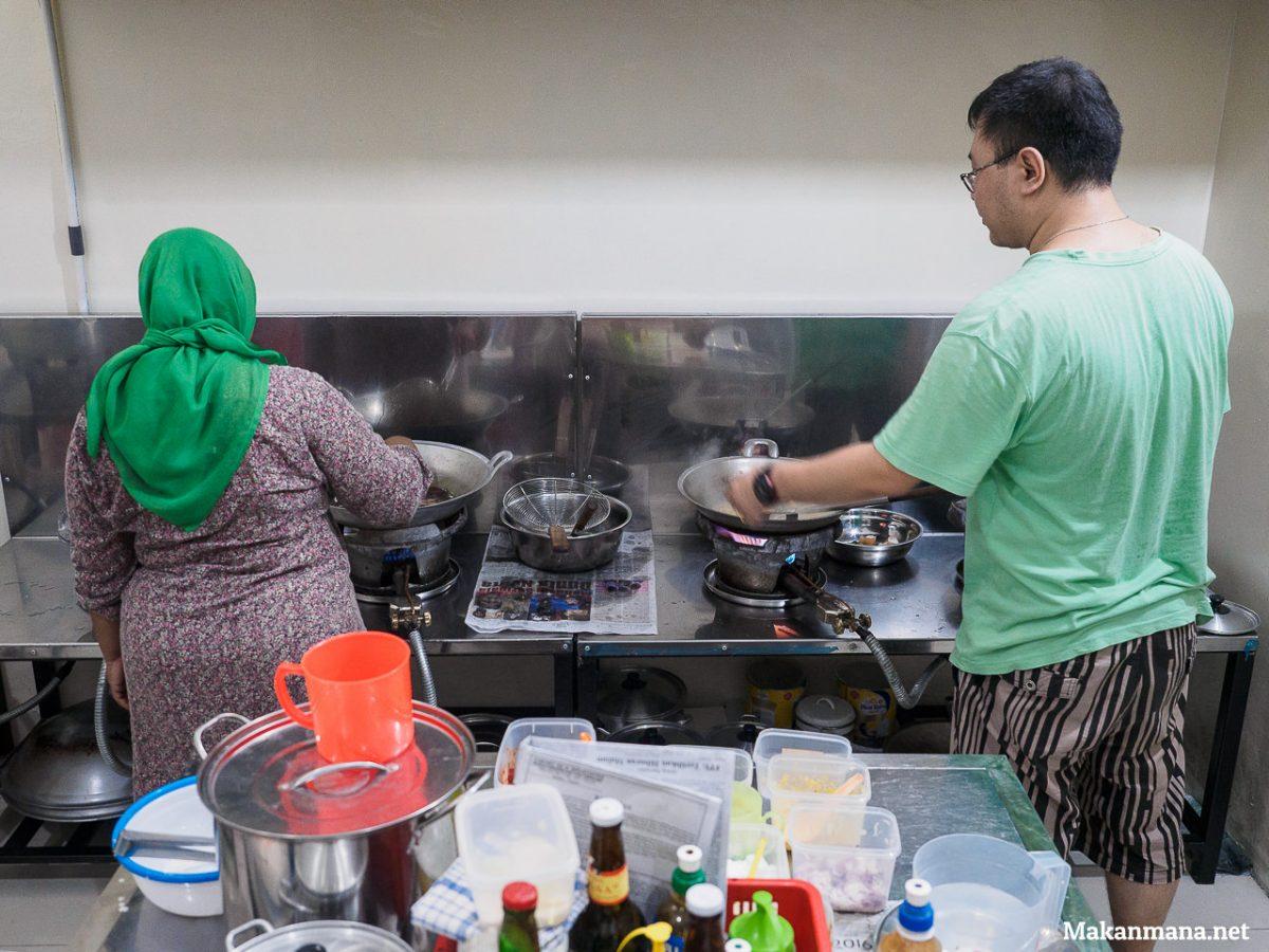 dapur cemara tulek seafood