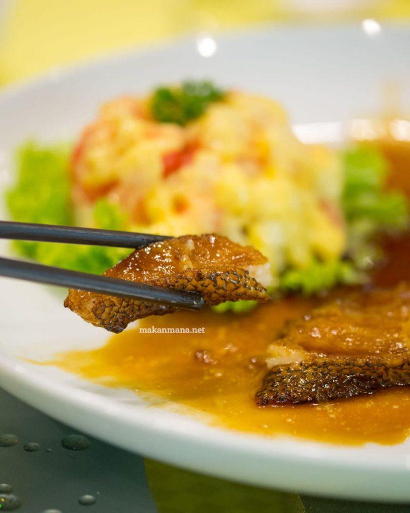 Seafood Sampling at Hee Lai Ton Medan 1