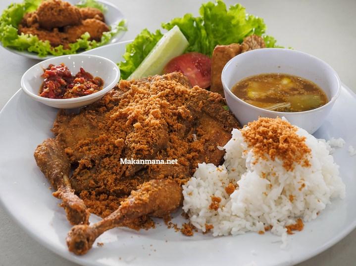 Ayam Goreng Karawaci, Dari Jawa ke Medan 2