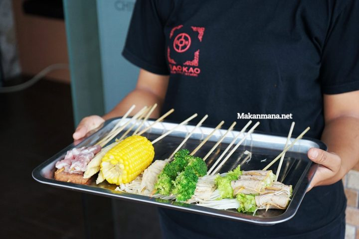 SHAO KAO - The popular Chinese skewers street food in China 10