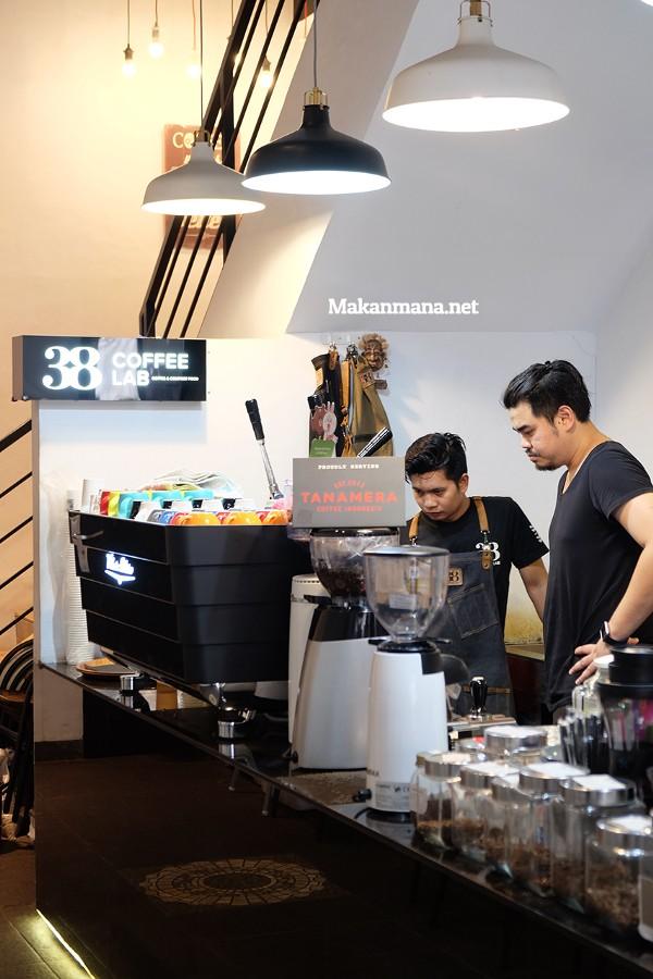 38 Coffee Lab, Home to 2nd Indonesian Aeropress Champion 2017 6