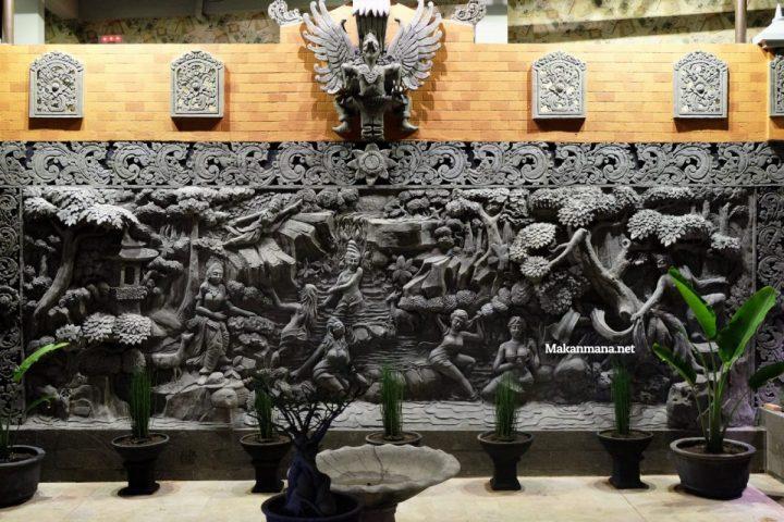 Gak usah sampe ke Bali untuk rasain sedapnya Babi Guling Bu Wayan 2
