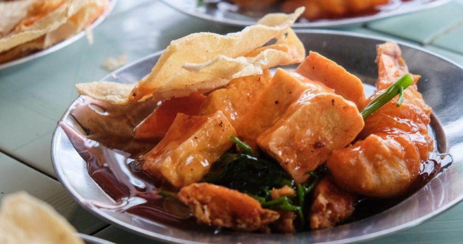 Kulineran ke Brahrang? Wajib Cobain Makanan Ini! 1