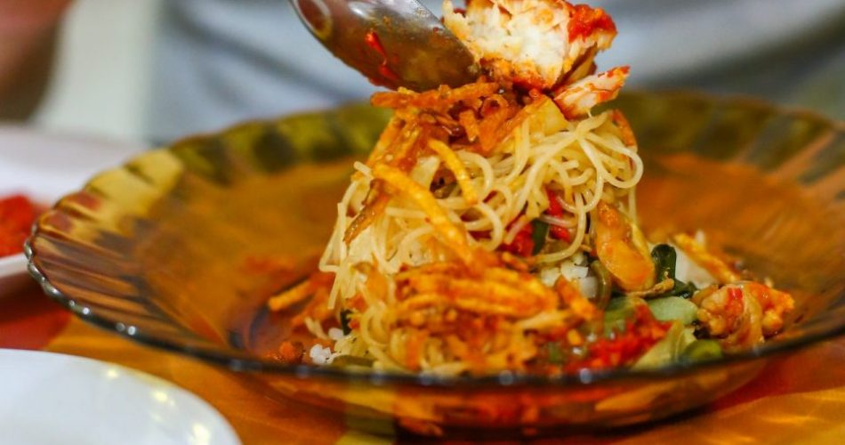Warung Nasi Memeng - Dari Siantar Bercabang Di Medan 1