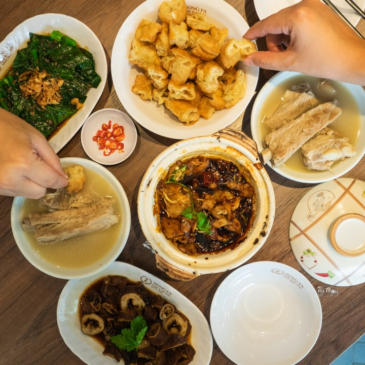 Song Fa BKT - The First Michelin Guide's Bib Gourmand  Award Restaurant in Medan 11
