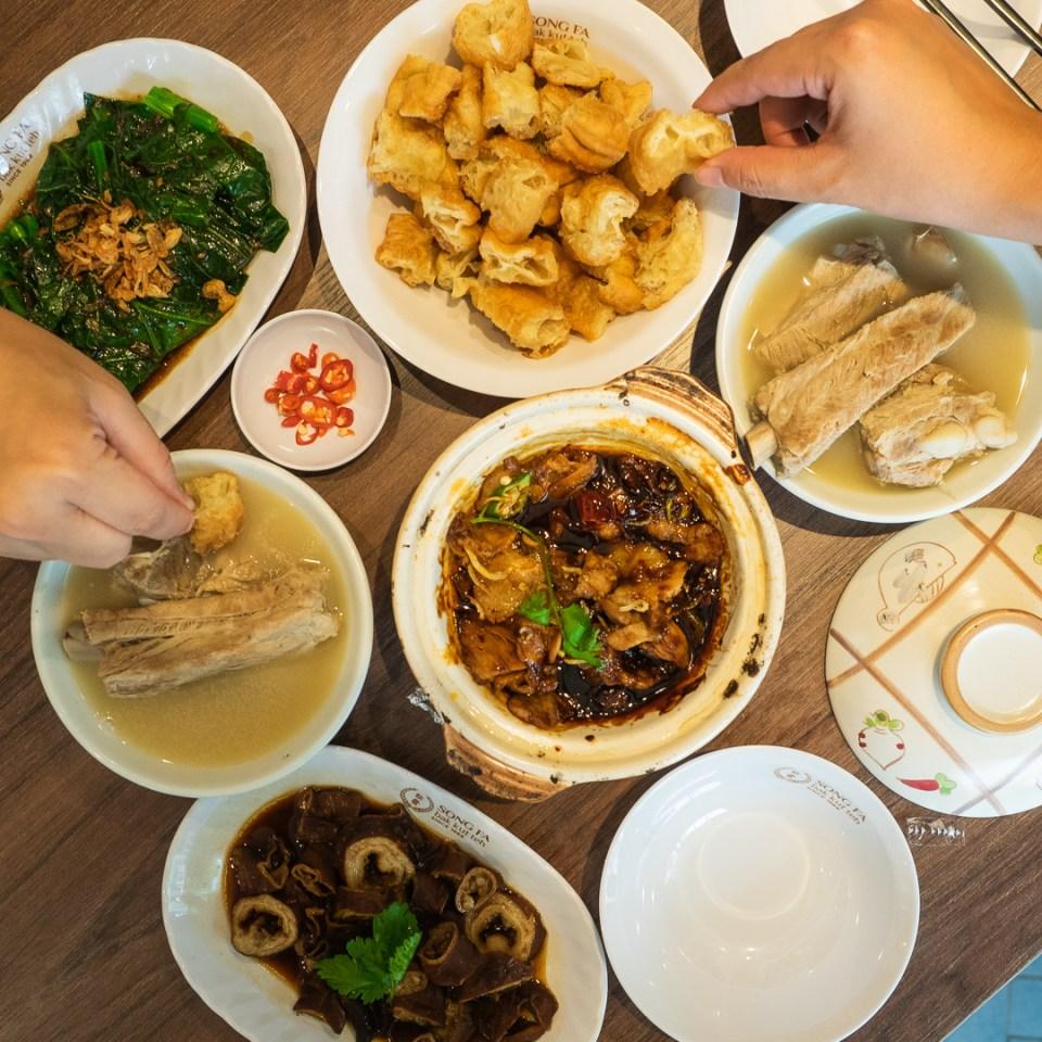 Song Fa BKT - The First Michelin Guide's Bib Gourmand  Award Restaurant in Medan 10