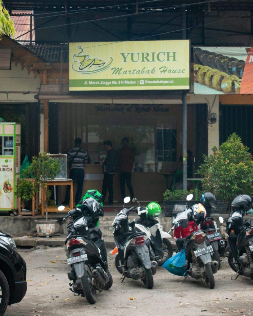 Martabak Yurich dan Kebab House, konon pelopor martabak Gulung & Hitam 3