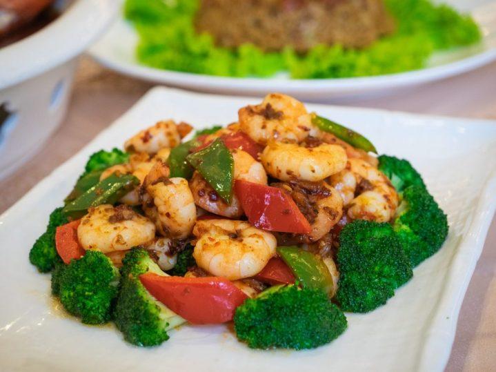 Regale Palace Restaurant: Sebuah Tradisi Makan Malam Imlek 13