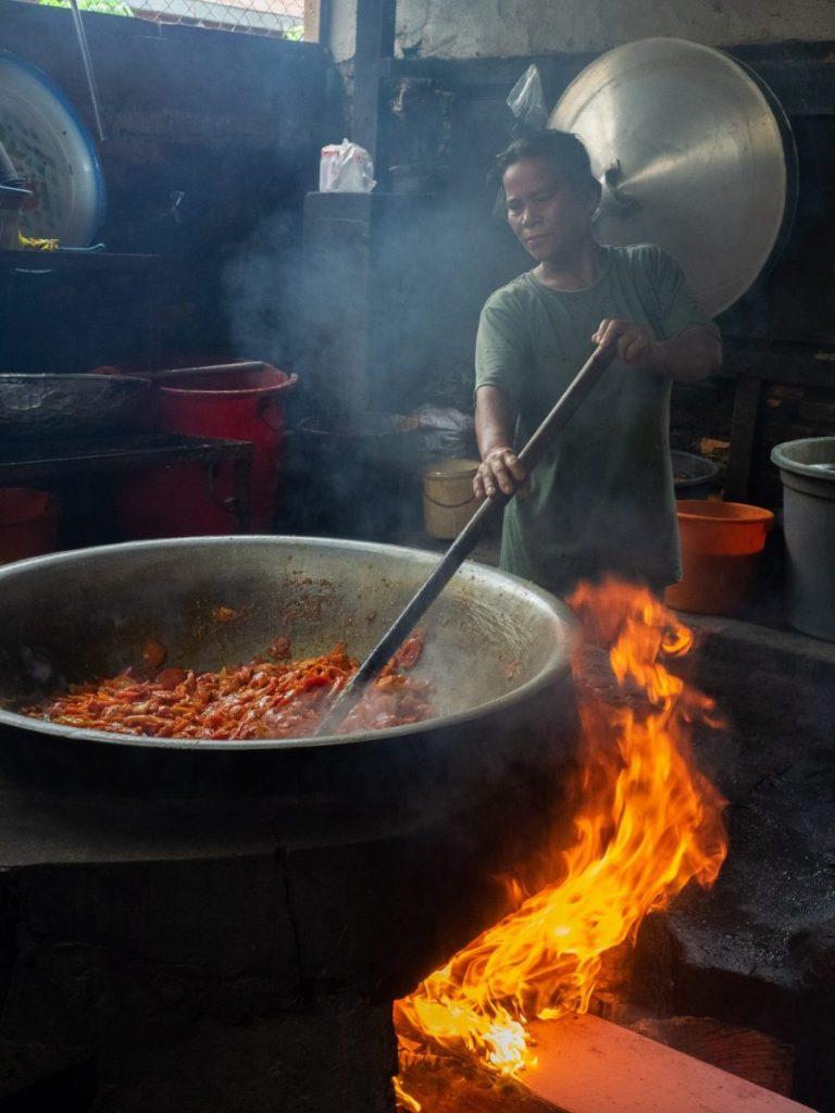 MARIKENA! Icip-Icip Masakan Karo Halal yang Melegenda 3