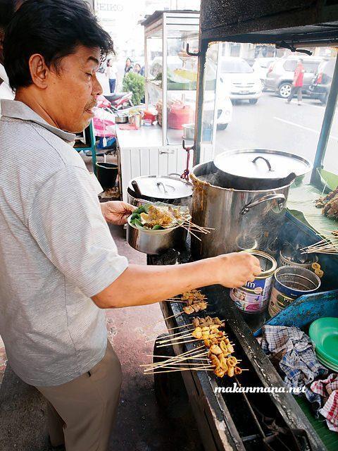 100 Must Eat Local Street Food in Medan 2019! 74