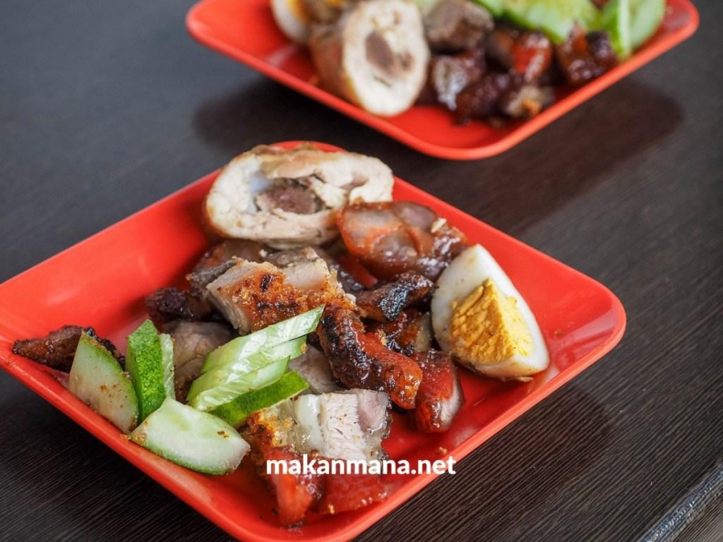 siobak kiong grilled pork medan makanmana kuliner medan