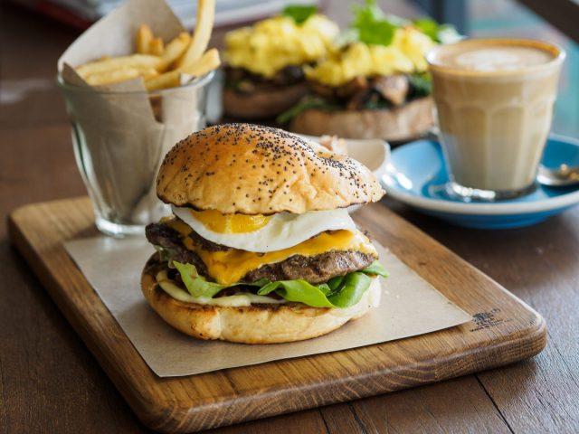 TOP 5 Brunch Cafes di Medan: Makanmana Edition 3