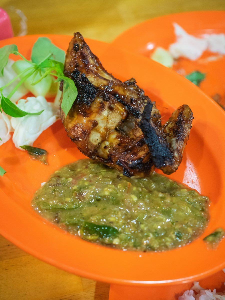 Ayam-Pecak-Joko-Moro-P6130022
