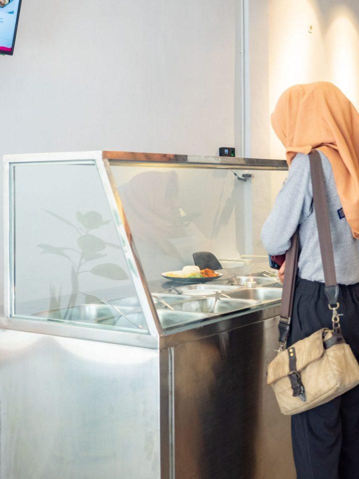 Cara Paling Praktis Dan Cepat Menikmati Makan Siang—Mapaya House 8