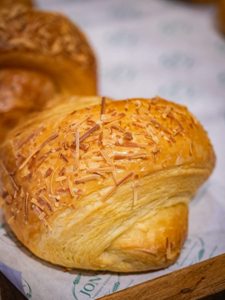 Durian Bread dari Jon's Boulangerie & Patisserie Ini Best Banget! 22