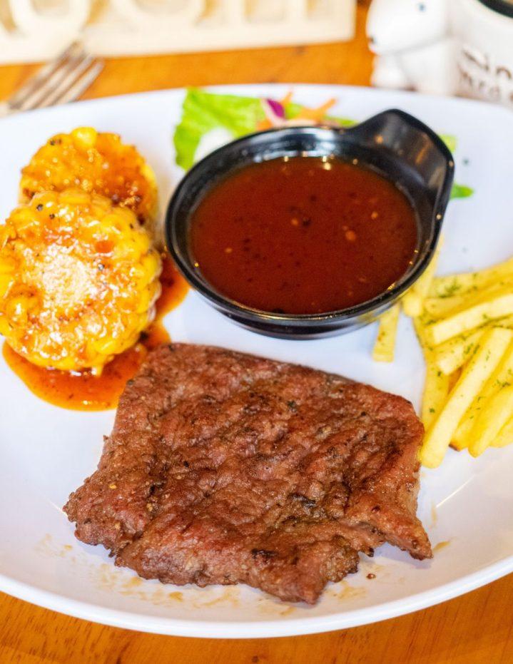 Radja Steak, Makanan Western Nggak Harus Nguras Kantong 6
