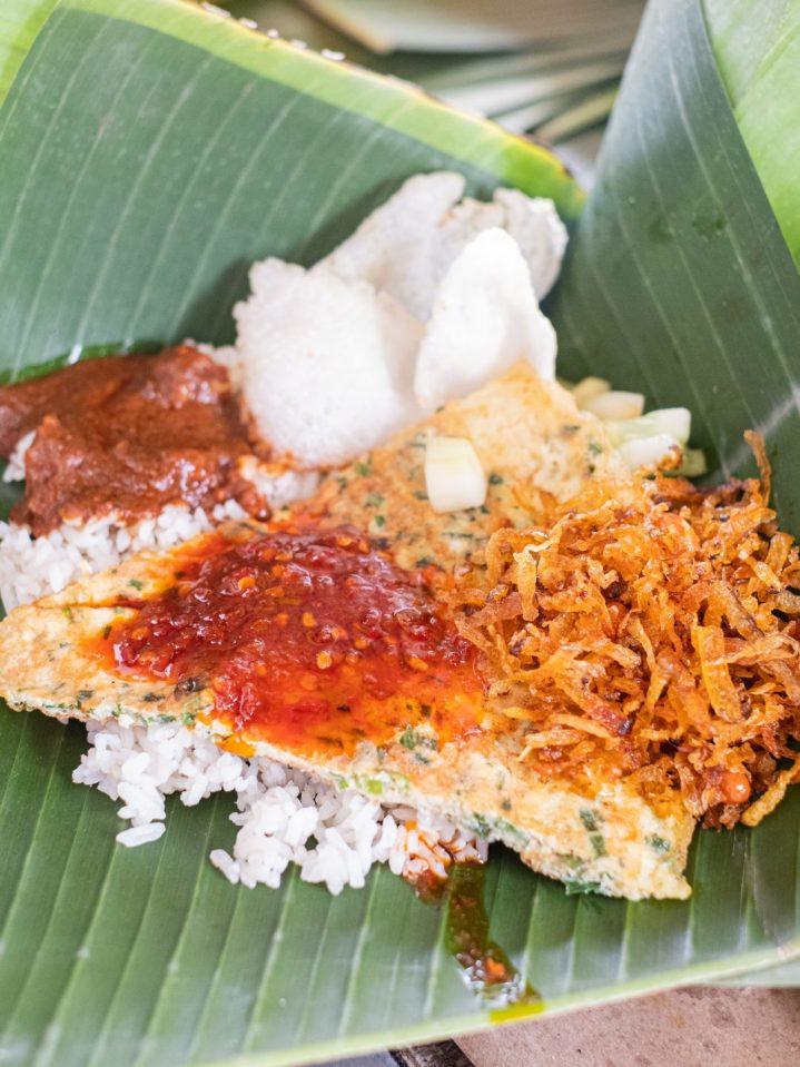 Ini Dia 10 Nasi Gurih Pilihan Makanmana Buat Sarapan Murah Meriah & Enak di Medan! 4