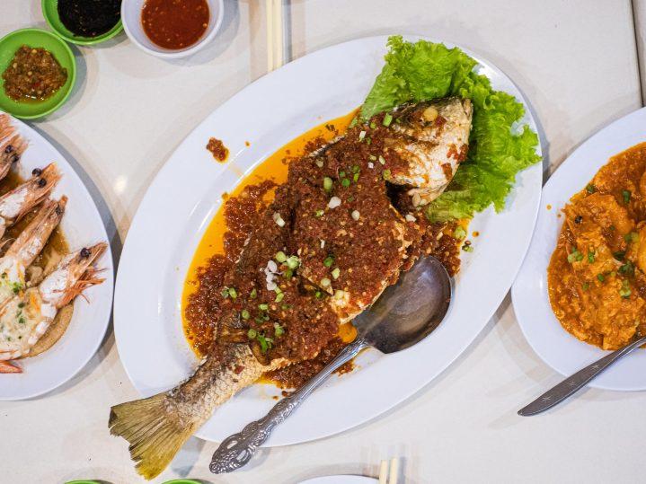 Renovasi RM AdoeA Seafood Restaurant yang Mengejutkan di awal tahun 2020. 20