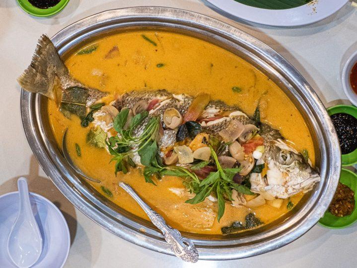 Renovasi RM AdoeA Seafood Restaurant yang Mengejutkan di awal tahun 2020. 19