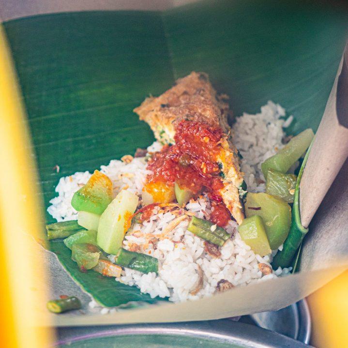 Ini Dia 10 Nasi Gurih Pilihan Makanmana Buat Sarapan Murah Meriah & Enak di Medan! 14