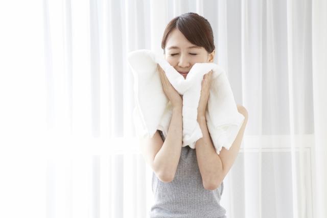 洗顔後蒸しタオル