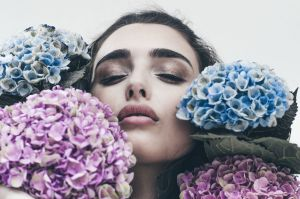 Make-up and hair styling von visagistin Dina Khmylova (Make Me Up Frankfurt).