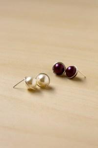 Simple DIY Pearl Stud Earrings-1