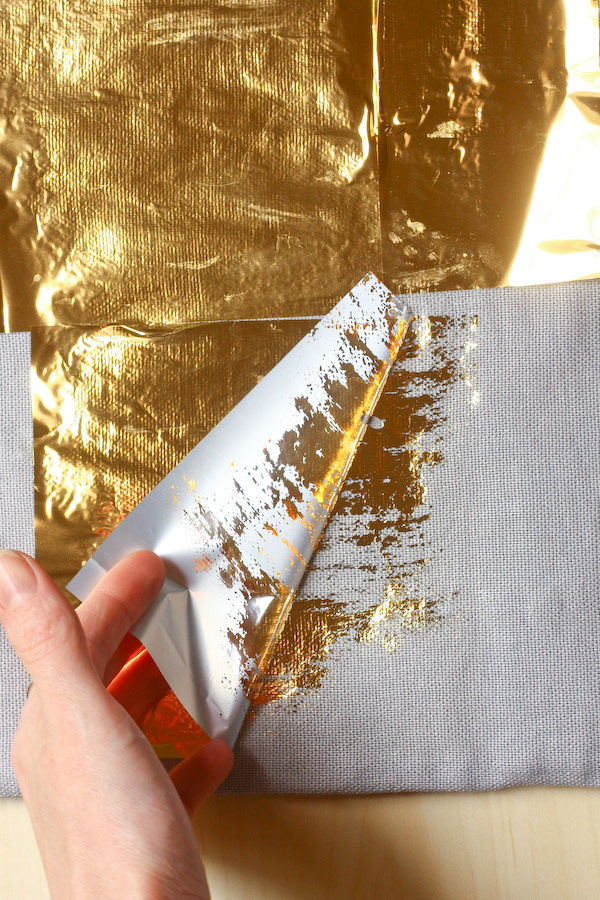 Gold Foil Cushion DIY Tutorial