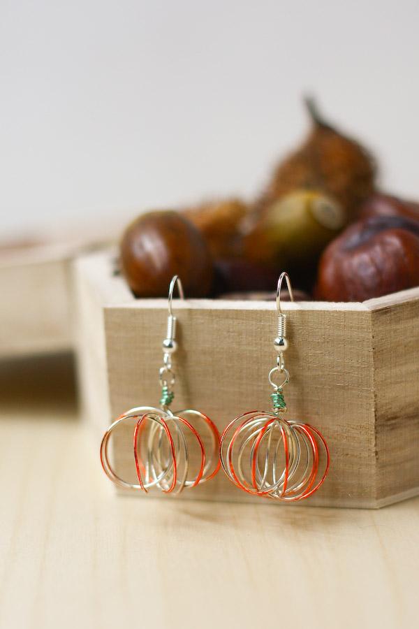 Wire Pumpkin Earrings Halloween DIY Tutorial