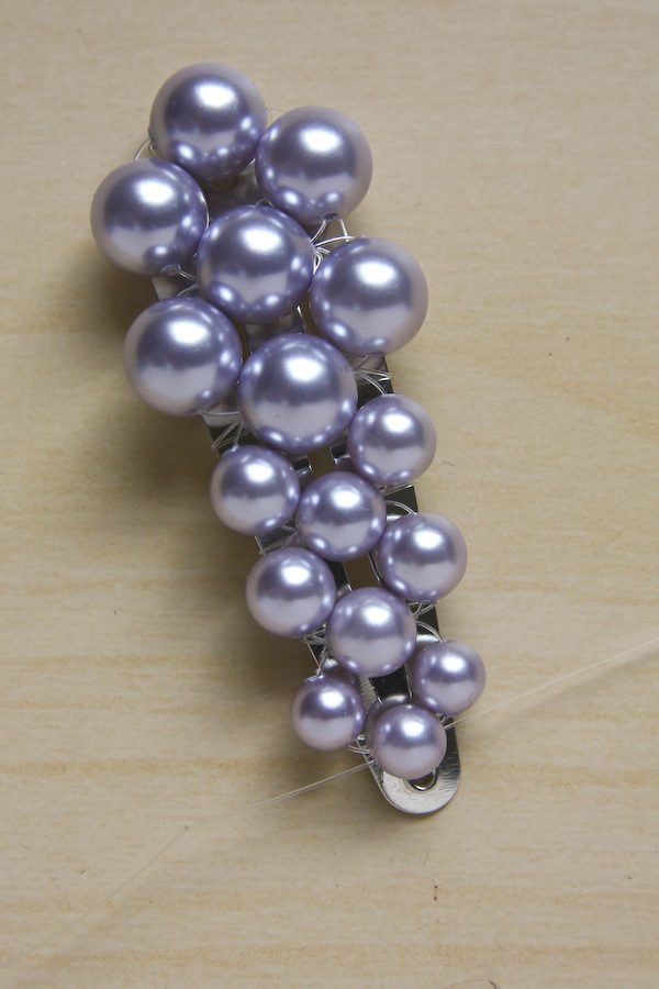 Pearl hair Clip DIY tutorial by Make and Fable