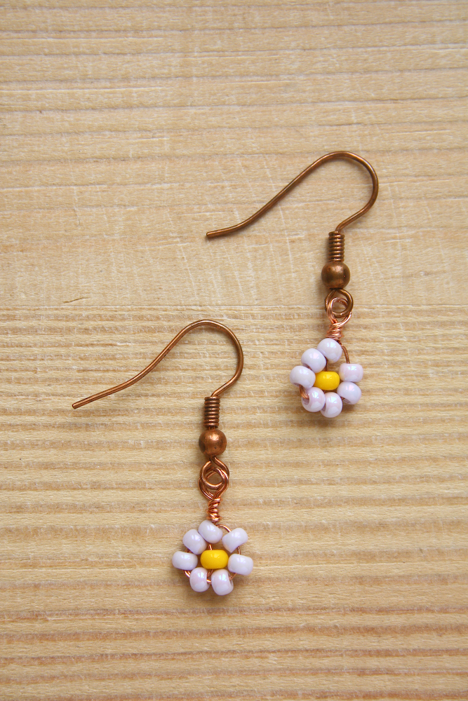 Beaded Daisy Earrings DIY Tutorial by Make and Fable