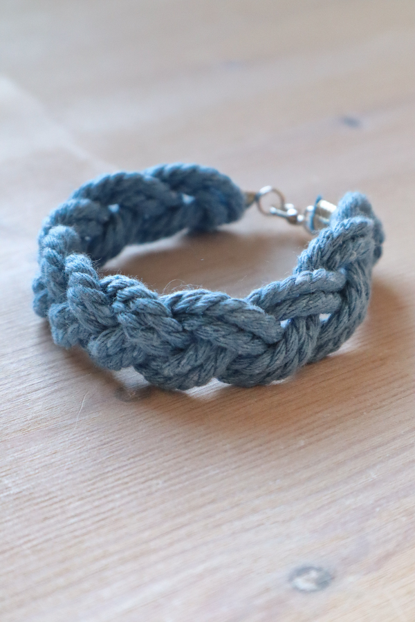 Macrame Braid Necklace Tutorial by Make and Fable 21